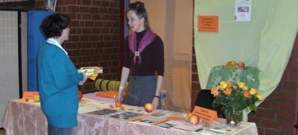 Beratung zu Feldenkrais, Stimme und Supervision durch Gisela Weigand auf der Gesundheitsmesse in Overath November 2012